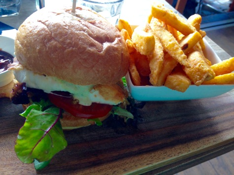 burger by bridge
