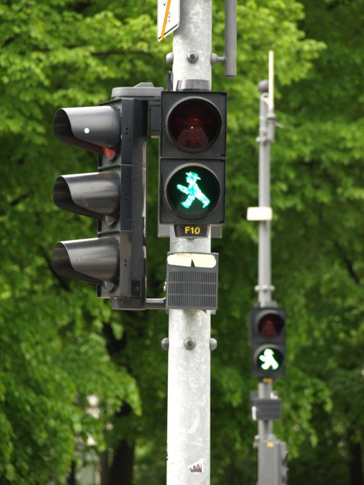 traffic-light-2472808_1920